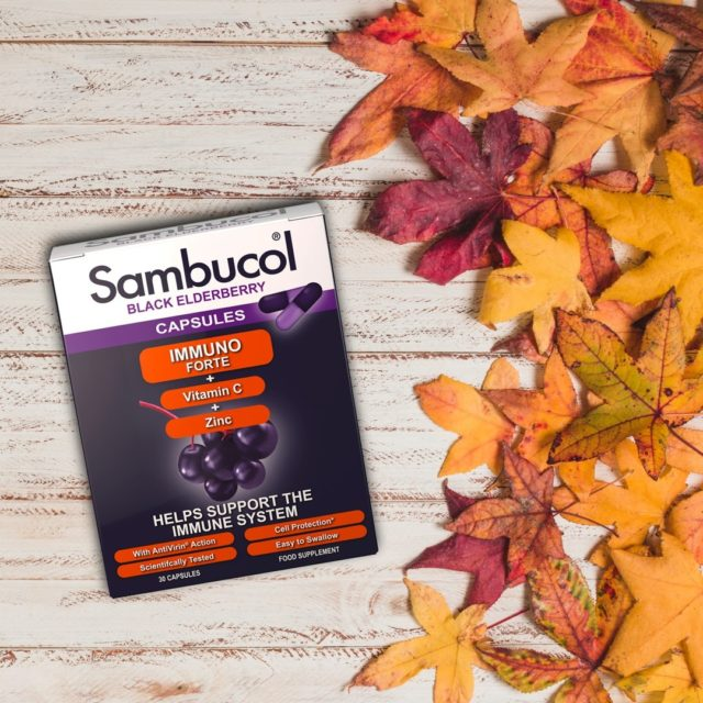 A venit toamna... iar noi lăsăm poezia la o parte, pentru că specialitatea noastră este să avem grijă de imunitatea voastră! Așadar, pentru cei care vor o metodă super rapidă de administrare, recomandăm capsulele Sambucol.💊 Același conținut ridicat de antioxidanți extrași din soc negru, vitamina C și zinc, super rapid de administrat și ușor de luat oriunde.  Pare că suntem pregătiți de toamnă! 🍂 _____ #sambucol #sambucolromania #sambucolro #sistemimunitar #sistemimunitarputernic #imunitate #imunitatecopii #imunitatecrescuta #imunitateafamiliei #imunitateprotejată #socnegru #natural #antioxidanti #romania #capsule #vitaminac #zinc #socnegru